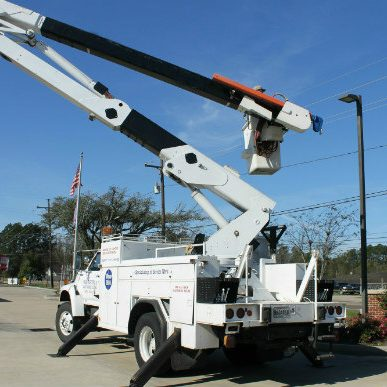 Bucket truck for Commercial Electrical Service or Repair